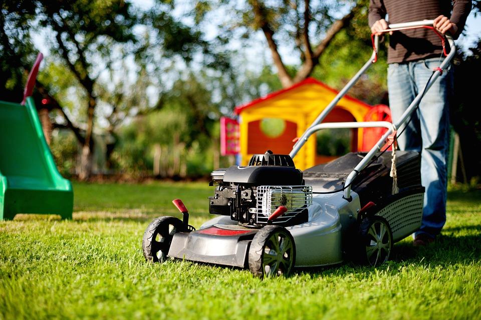 lawn-mower-2127637_960_720