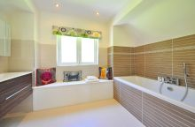 bathroom-1336162_1280