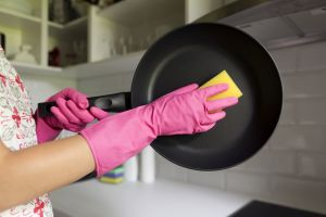 zr_jakie-naczynia-i-akcesoria-przydadza-sie-w-kazdej-kuchni-cm